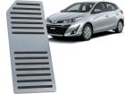Descanso de Pé Toyota Yaris em Aço Inox - Listrado Preto