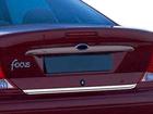 Friso de Porta-Mala Ford Focus 2000 até 2008 Sedan