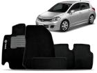 Tapete Carpete Nissan Tiida Hatch / Sedan 2007/2013 Preto 05 Peças Grafia Bordada Lavável Antiodor Antichamas